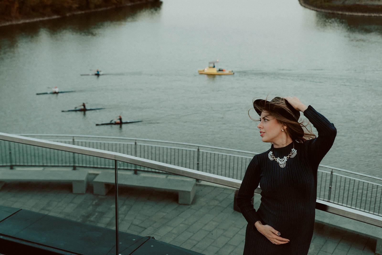Schwangerschaft Fotosession in Duessedorf Hafen 1